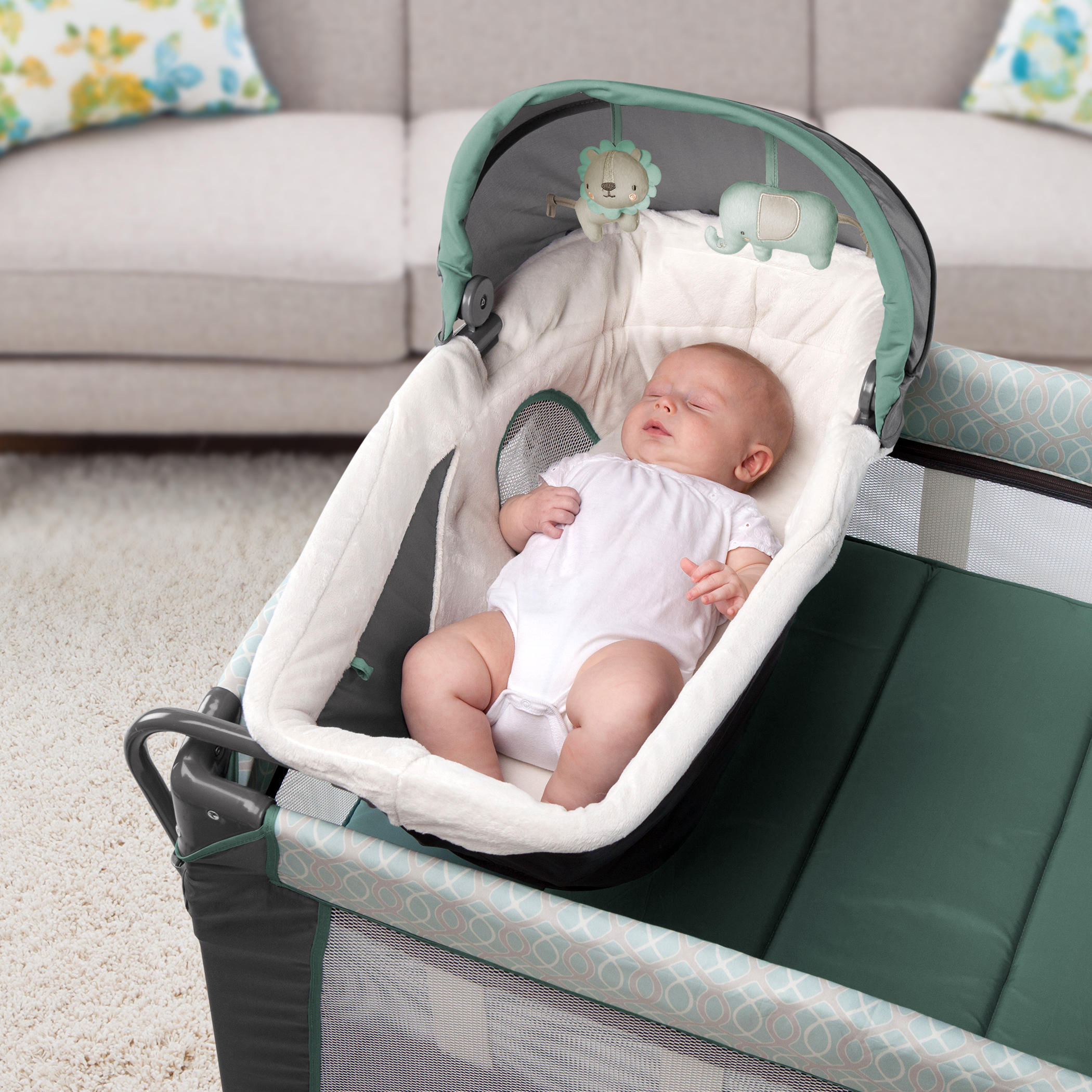 Smart and Simple Playard™ - Cambridge™