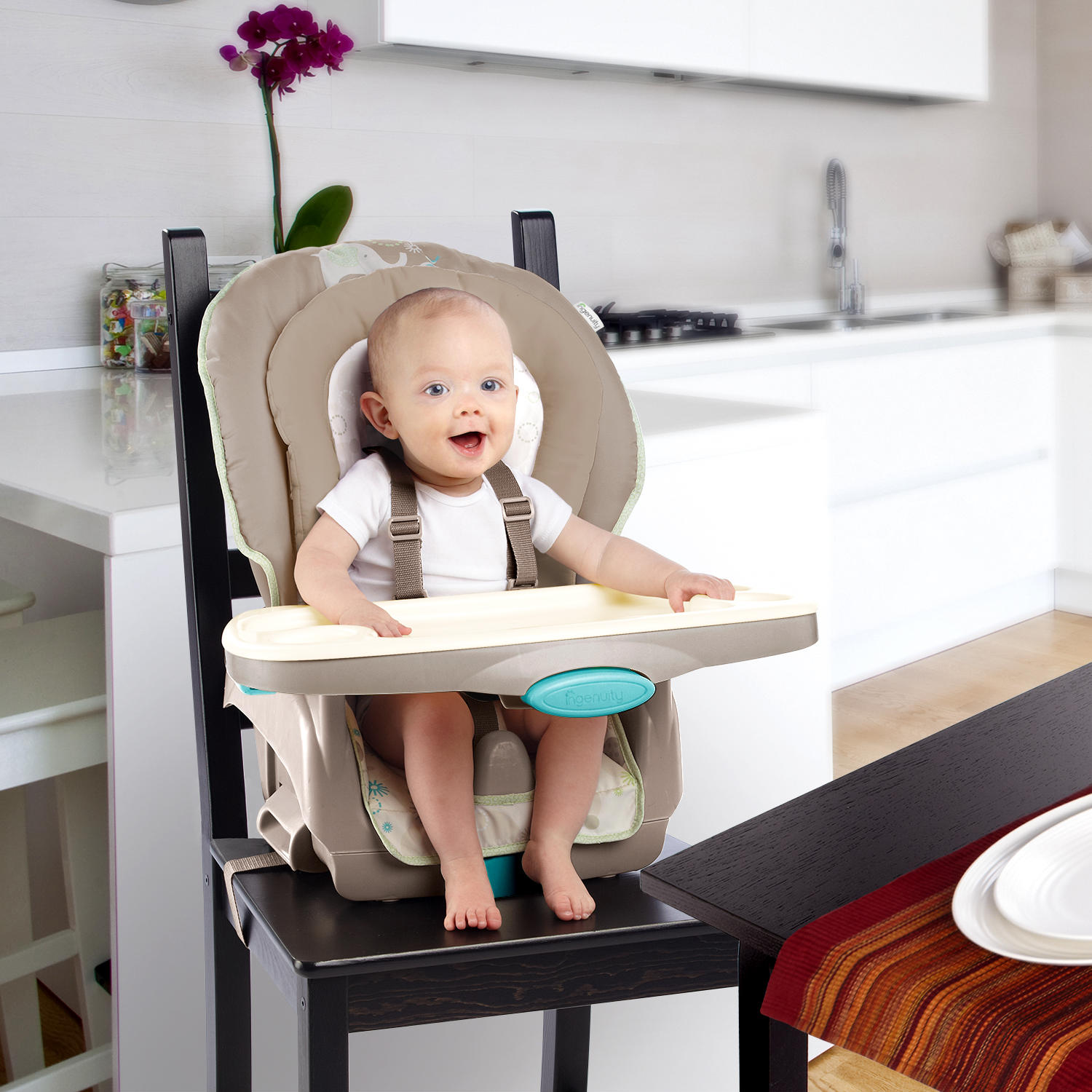 Trio 3-in-1 Deluxe High Chair™ - Sahara Burst™
