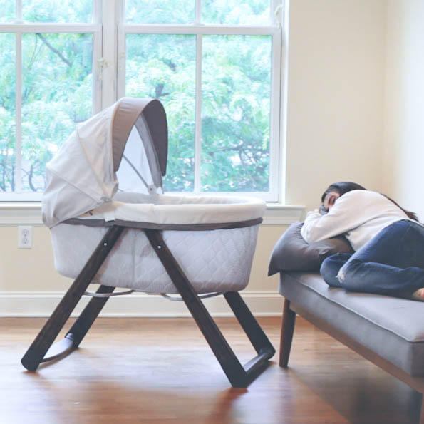 FoldAway Rocking Wood Bassinet - Carrington