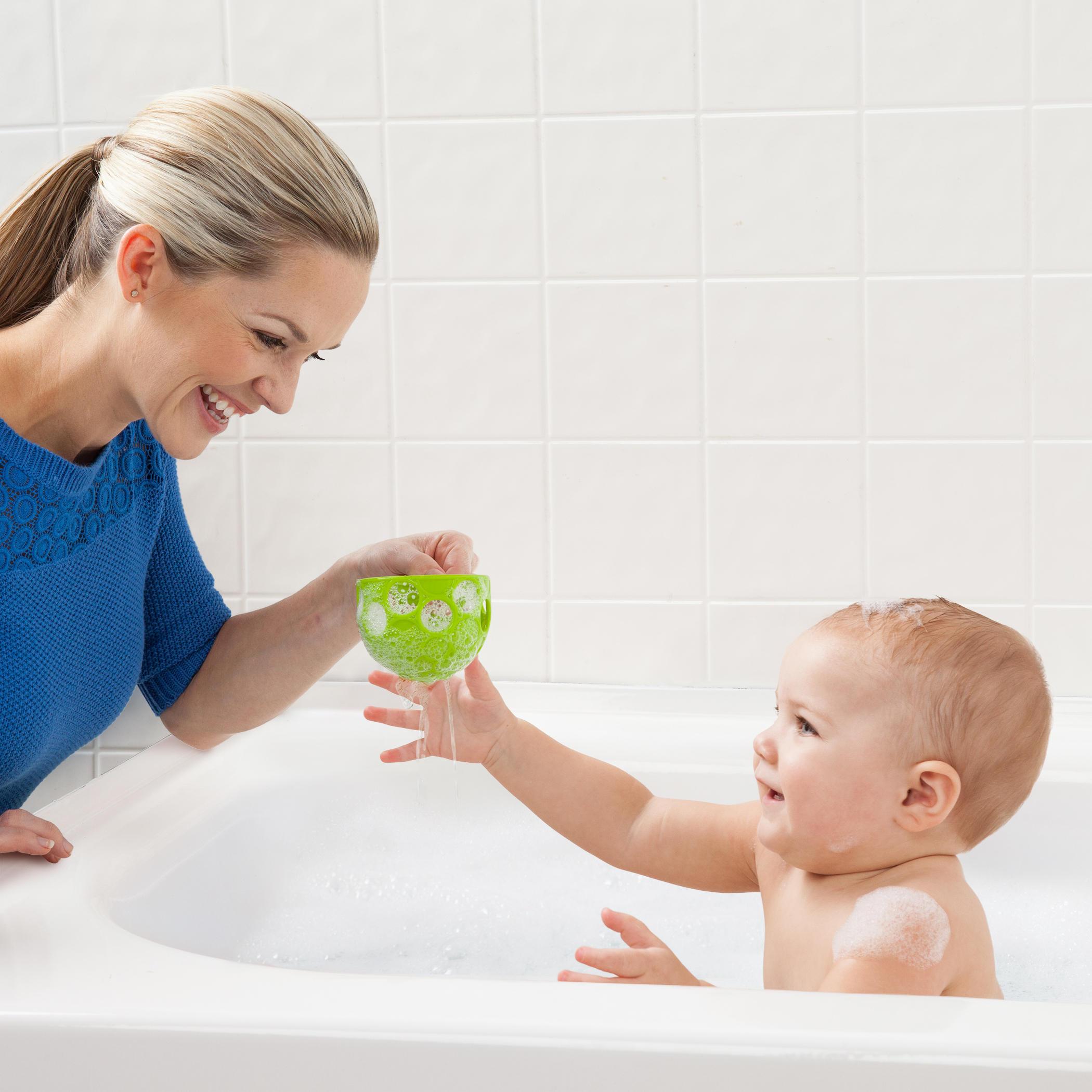 Scoop 'n Spill™ Bath Toy